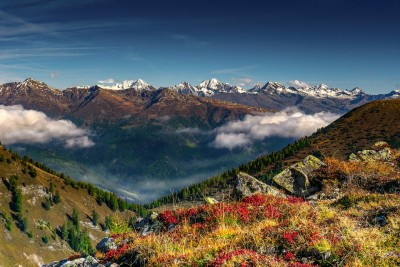 mountain-landscape-2832109_960_720.jpg